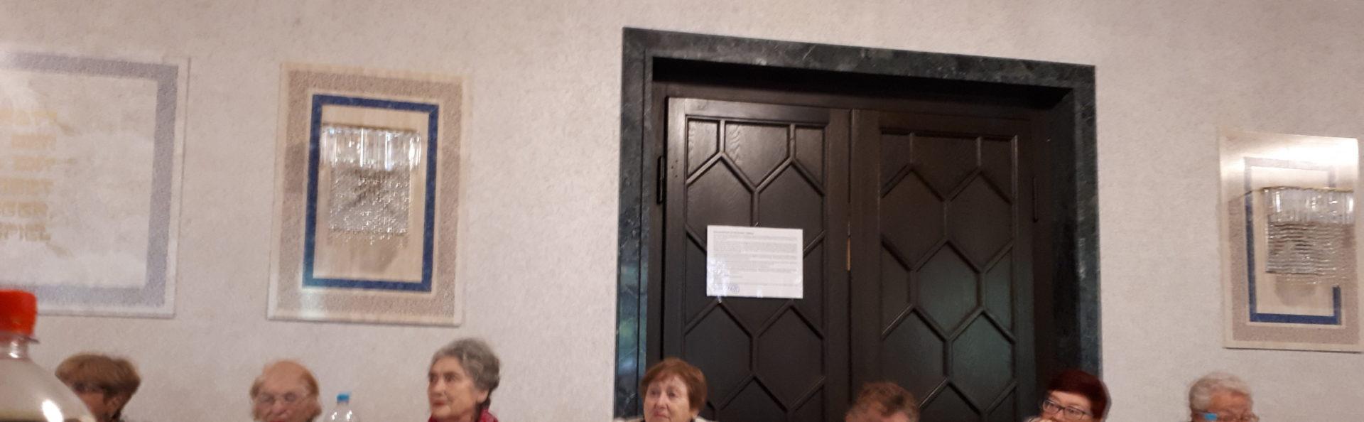 """Frauenverein """"Be Jachad"""". Treffen am 28.10.2019. Geige."""